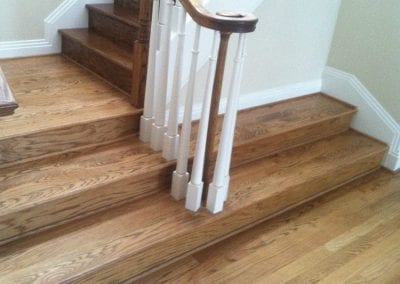 beautiful-wood-floor-stair-case